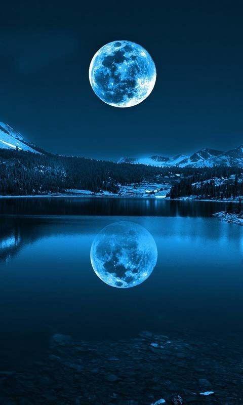 今夜はブルームーンの満月!!見ると幸せになれる!?